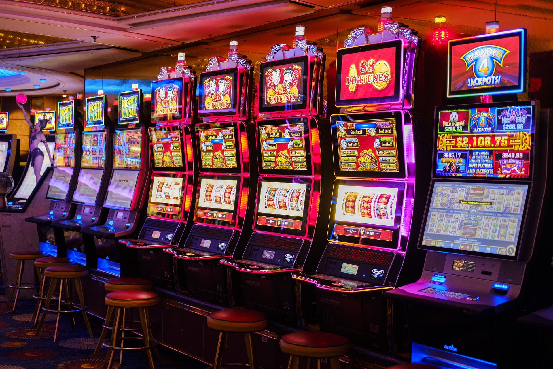 slot machines activity in Romania